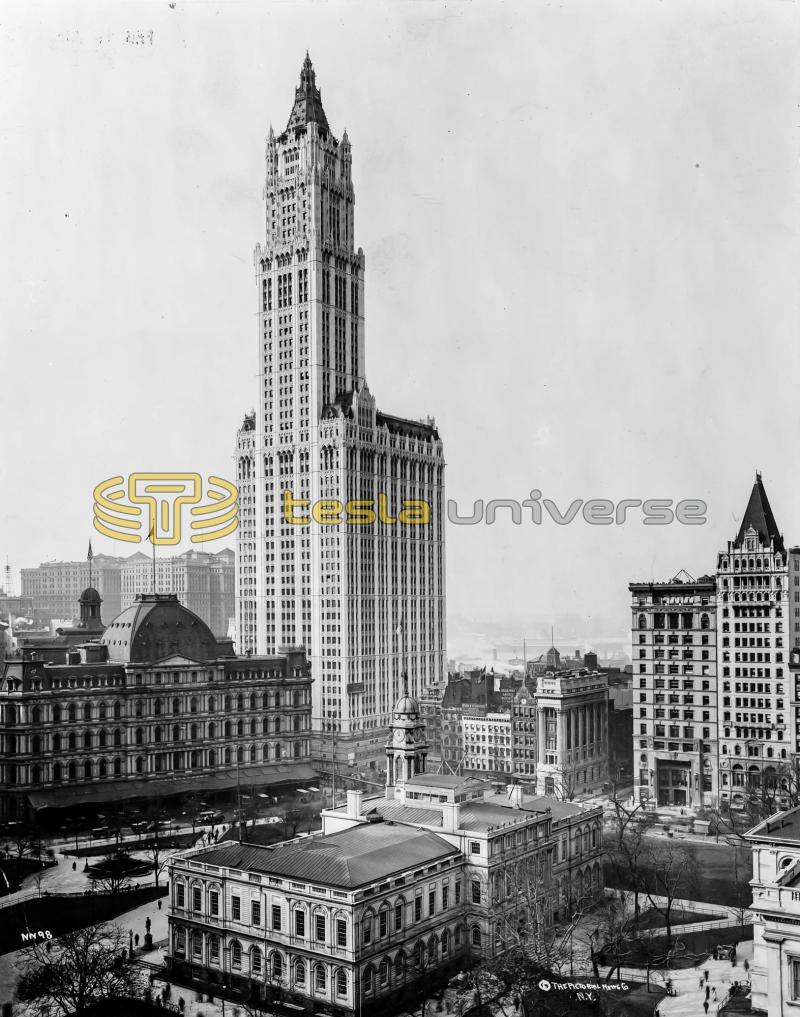 The Woolworth Building in downtown Manhattan where Tesla had an office