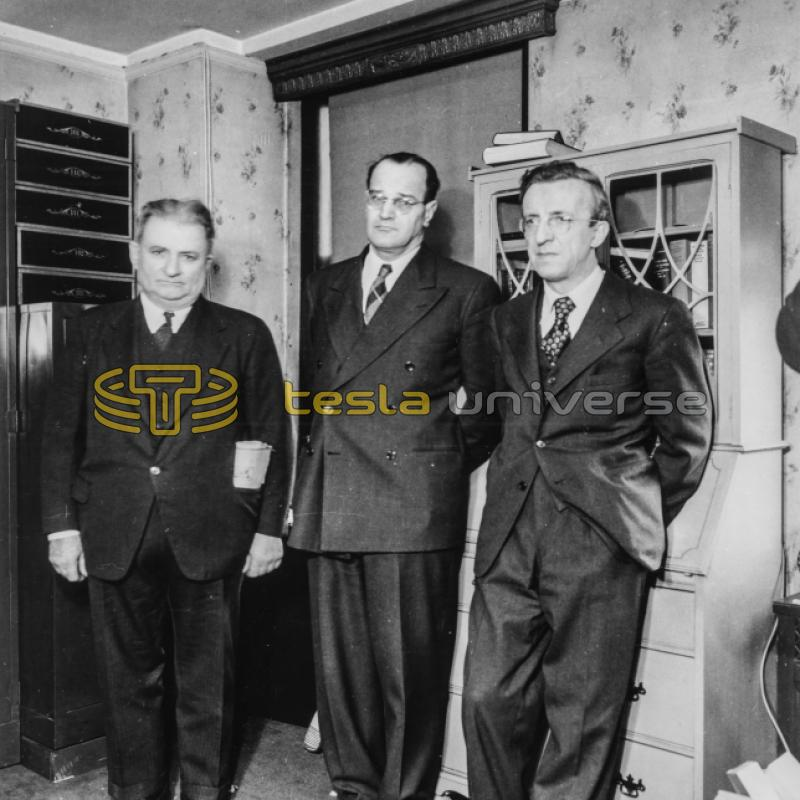 Overseers of Tesla's estate in his room at the Hotel New Yorker shortly after his funeral