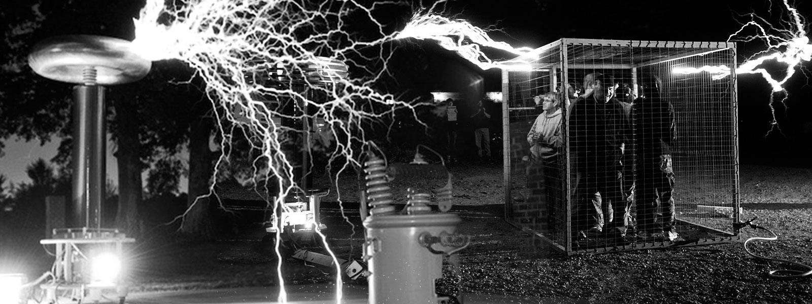 Tesla coils and The Cage of Death