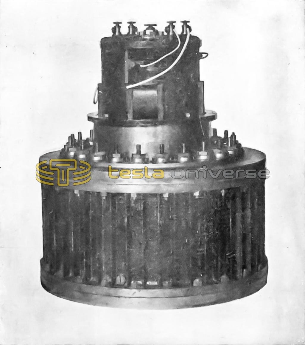 A massive mercury interrupter devised by Tesla
