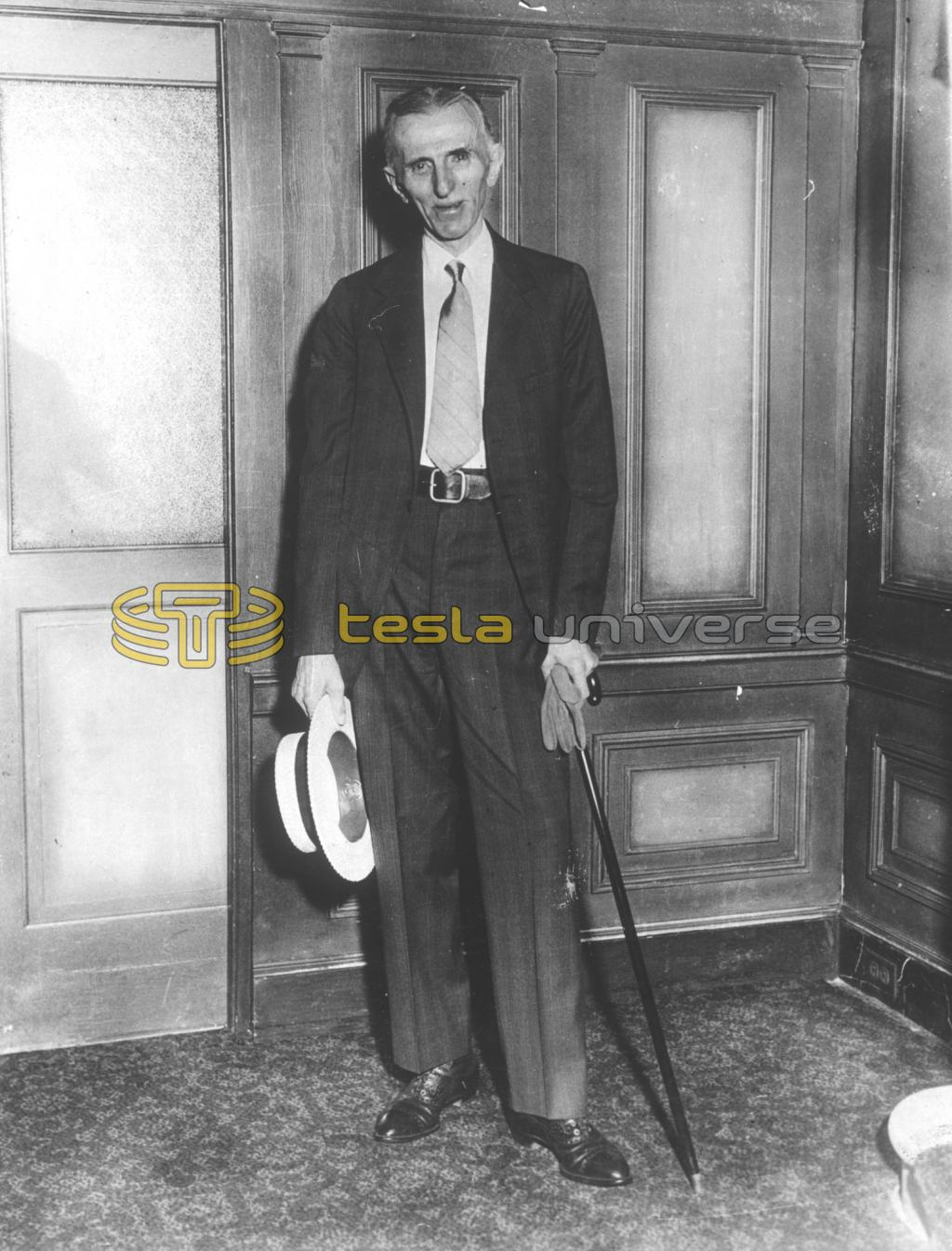 Nikola Tesla at his annual meeting with reporters on his 77th birthday