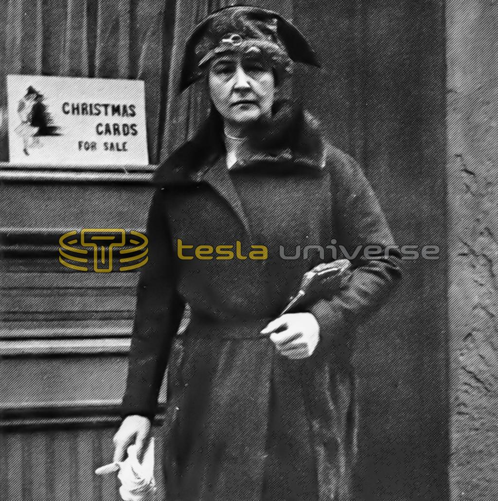 J.P. Morgan's daughter Anne loved Tesla, but wore pearls
