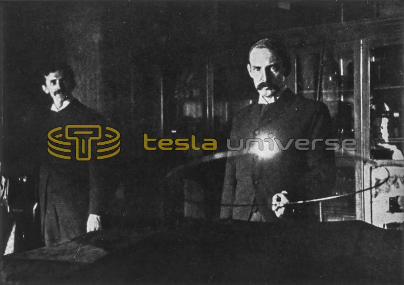 Nikola Tesla and Marion Crawford experimenting with wireless electricity in 1895