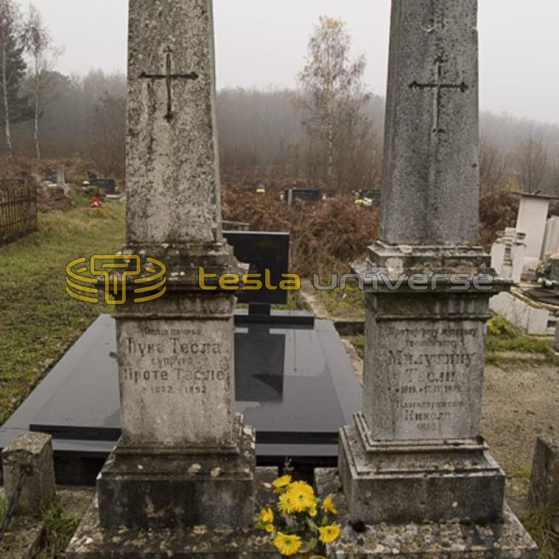 The graves of Tesla's parents in Jasikovac cemetery