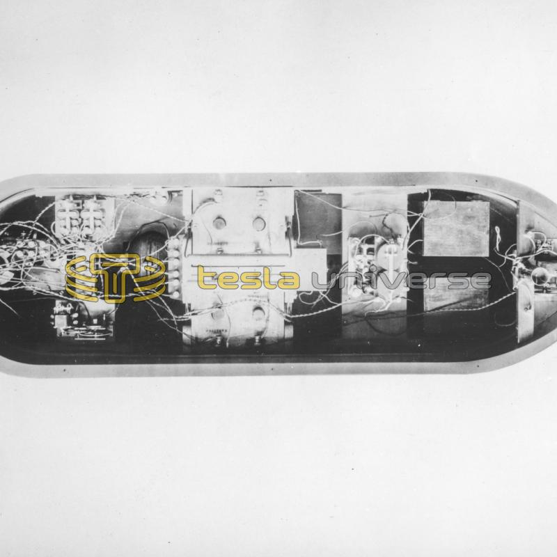 A larger model of Tesla's boat with the deck removed