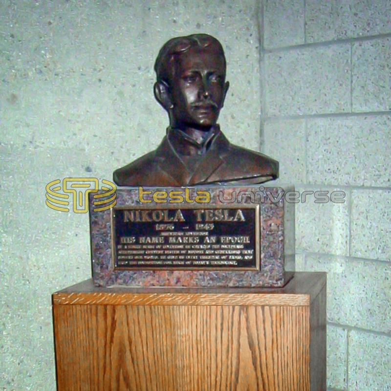Tesla bust on display at Yale University